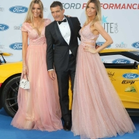11 august (Malaga,Marbella ) Malaga actor Antonio Banderas along with his girlfriend Nicole Kimpel y Barbara Kimpel at the Decima gala Starlite in Marbella held to raise funds for the Lagrimas and Favors Foundation and for Cudeca
